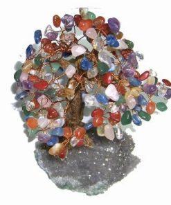 Copacel cu cristalele celor 7 chakre