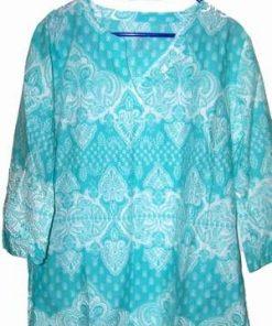 Bluza de culoare albastru deschis cu model tribal - L