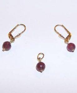 Set din aur de 14 K cu cristale de rubin multifatetate