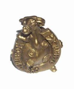 Bivolul auriu al abundentei cu potcoava norocoasa