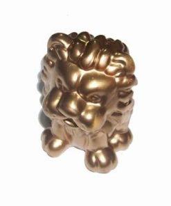 Leu auriu sub forma de pusculita pentru un copil