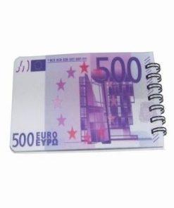 Mini agenda anului 2021 cu 500 de euro pe ea