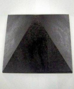 Piramida Feng Shui argintie pentru protectie de virusi