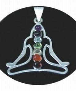 Buddha din alama, argintat, cu cristalele celor 7 chakre