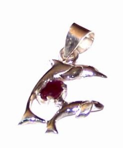 Delfinii dragostei din argint cu cristal de rubin