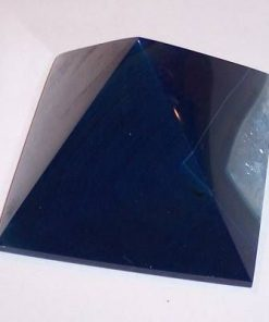 Piramida din agat