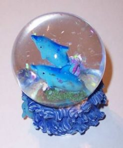 Glob cu delfin si sclipici