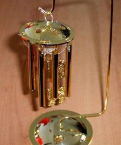 Clopotel auriu, cu tuburi goale, contra Celor Trei Ucideri