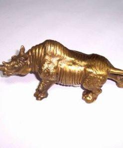 Rinocer din metal - remediu Feng Shui