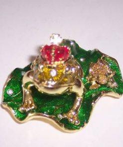 Regele Chan Chu - broasca raioasa cu nestemate