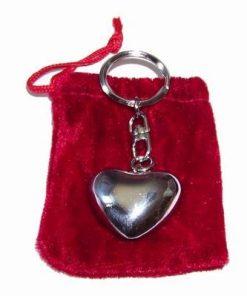 Breloc Feng Shui in forma de inima, cu saculet de catifea