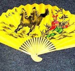 Evantai Feng Shui cu caii victoriei