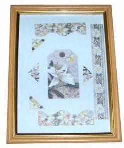 Tablou romantic cu fluturi, crizanteme si crini
