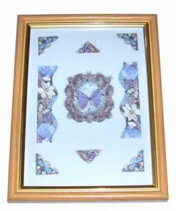 Tablou romantic cu floarea evolutiei spirituale si fluturi