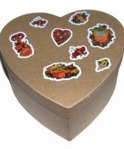 Cutie de carton cu simboluri de dragoste