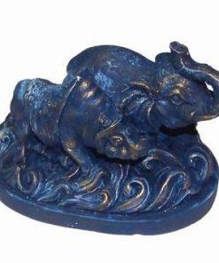 Rinocerul albastru si Elefantul Norocos