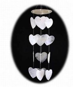 Clopotel Feng Shui din scoica de Capiz, in forma de inima