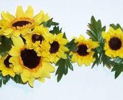 buchet Aranjament floral -cu 8 flori pentru bogatie