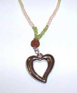 Colier cu Rudraksha, olivina, perle si inimioara
