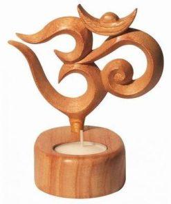 Suport de lumanare, din lemn, cu simbolul Tao / OM
