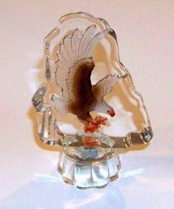 Vultur gravat pe suport din cristal - Steaua 3