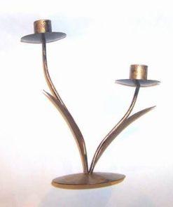 Sfenic vintage din metal, cu doua brate si doua frunze