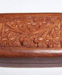 Casetuta din lemn, lucrata manual