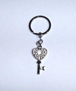 Breloc cu cheie si inima, decorate cu strasuri