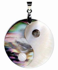 Pandantiv Yin-Yang din scoica marina