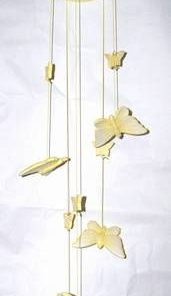 Clopotel de vant Feng Shui din ceramica - fluturi